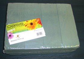 oasis foam for making floral arrangements